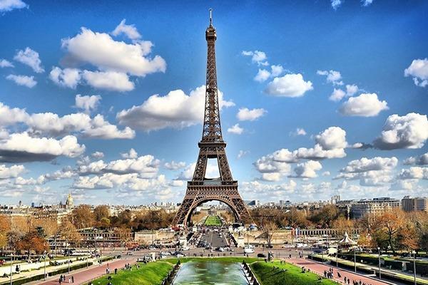 ¿QUÉ DOCUMENTOS NECESITO PARA TRABAJAR EN FRANCIA? TRADUCCIÓN JURADA AL FRANCÉS