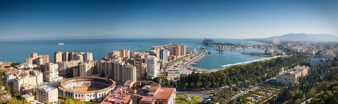 OFFICIAL RUSSIAN AND ENGLISH TRANSLATORS IN MALAGA